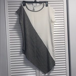 Bar III long T-shirt blouse zig zag front and back